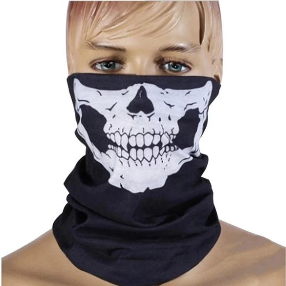 Face scarf/cover mask